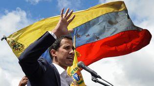 Juan Guaidofait un discours à Caracas (Venezuela), le 23 janvier 2019. (FEDERICO PARRA / AFP)