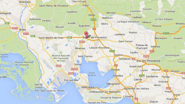 L'accident s'est produit sur l'A54, non loin de Salon-en-Provence, le 11 novembre 2013. ( GOOGLE MAPS / FRANCETV INFO )