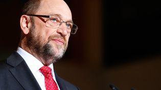 Le patron des sociaux-démocrates allemands, Martin Schulz, était donné vainqueur dans certains sondages réalisés début février face à Angela Merkel pour les élections de septembre prochain. (FABRIZIO BENSCH / REUTERS)