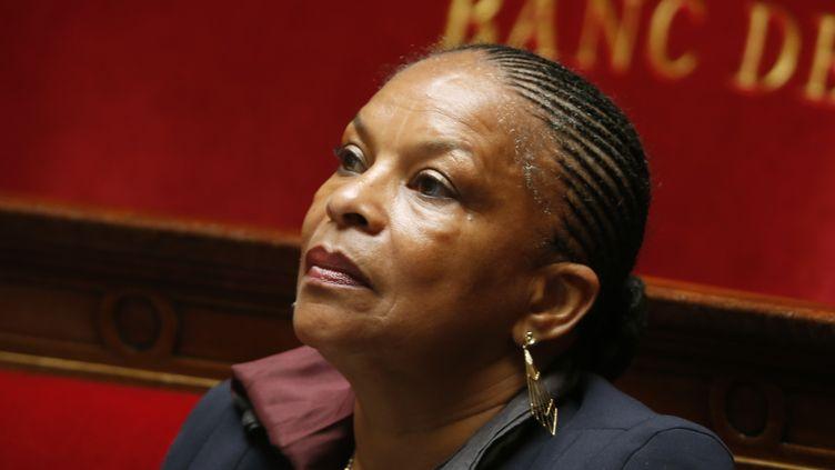 Christiane Taubira, pendant les questions au gouvernement, à l'Assemblée nationale, à Paris, le 25 juin 2013. (CHARLES PLATIAU / REUTERS)