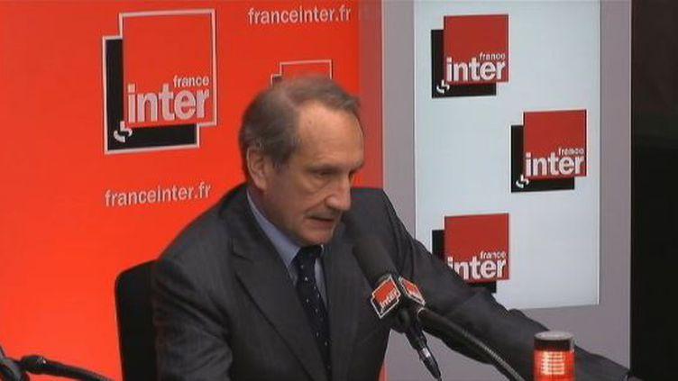 Gérard Longuet, le ministre de la Défense, le 9 mai 2012 sur France Inter. (FTVI / FRANCE INTER)