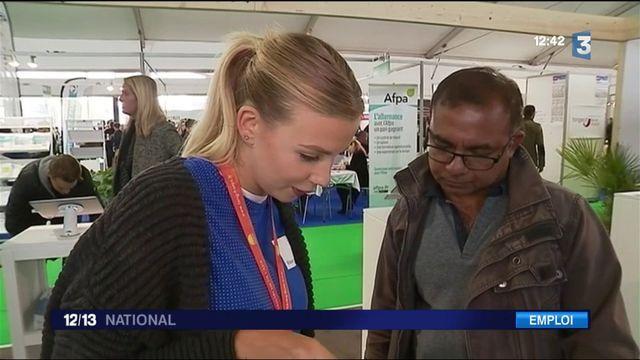 """Chômage : ouverture du salon """"Paris pour l'Emploi"""""""