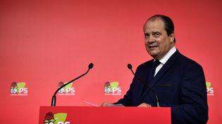 Le premier secrétaire du Parti socialiste,  Jean-Christophe Cambadélis, le 24 juin 2016 au siège de son parti, à Paris. (PHILIPPE LOPEZ / AFP)