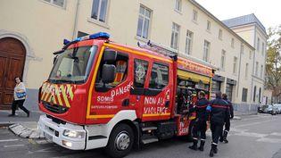 Des sapeurs-pompiers manifestent à Lyon (Rhône), le 6 novembre 2017. (MAXPPP)