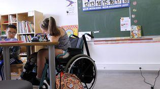 Classe amenagée pour des enfants malades ou handicapés à l'institut Saint-Pierre de Palavas (Occitanie). (ALEX BAILLAUD / MAXPPP)