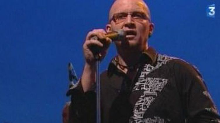 Cheb Bilal, nouveau roi de la musique rai, un avant goût de Rio Loco  (Culturebox)