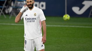 Karim Benzema et ses coéquipiers n'auront pas le droit à l'erreur face à Manchester City en demi-finale de la Ligue des champions. (PIERRE-PHILIPPE MARCOU / AFP)