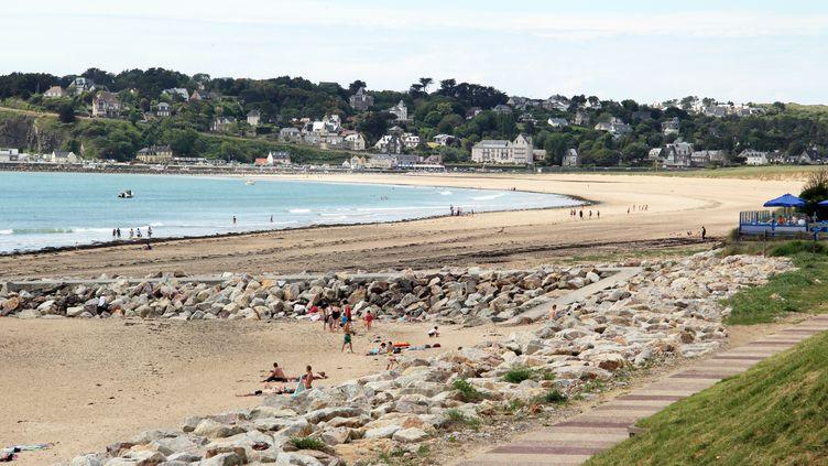 La plage de Barneville-Carteret, dans la Manche. (illustration) (MICHEL COUPARD / BIOSPHOTO)
