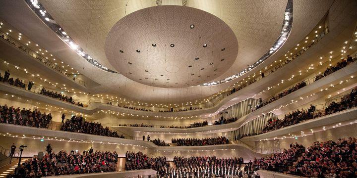 L'intérieur de la Philharmonie de Hambourg  (Christian Charisiusdpa/picture-alliance/MaxPPP)