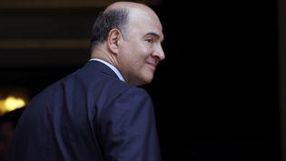 Pierre Moscovici, le ministre de l'Economie et des Finances, le 22 mai 2013 à l'hôtel Matignon, à Paris. (KENZO TRIBOUILLARD / AFP)