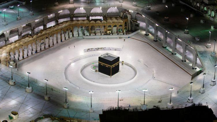 LaKaaba de La Mecque (Arabie saoudite), le 24 avril 2020. (STRINGER / REUTERS)