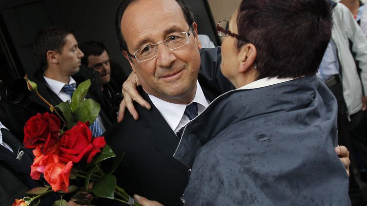 François Hollande, à Tulle, lors d'une de ses dernières visites. (GUILLAUME HORCAJUELO / MAXPPP)