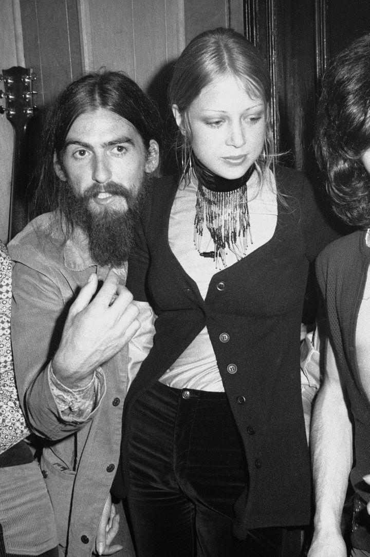George Harrison et sa femme Pattie Boyd en 1971 (TIM BOXER / ARCHIVE PHOTOS)