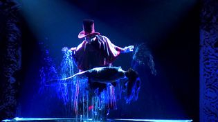 """""""Magnifica"""" se veut le plus grand show d'illusion d'Europe  (Allan Dickens )"""