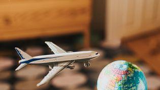 La loi climat ne devrait pas retenir un certain nombre de mesures proposées par la convention citoyenne, notamment sur les émissions de CO2 du transport aérien. Illustration (GETTY IMAGES / MOMENT RF)