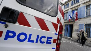 L'arrière d'un fourgon de police, le 7 mai 2015 à Bar-le-Duc (Meuse). (MAXPPP)
