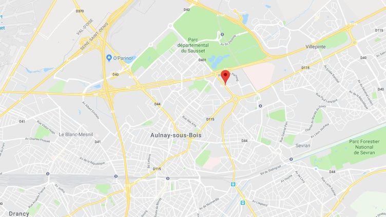 Un bus s'est renversé mercredi 20 juin, à Aulnay-sous-Bois (Seine-Saint-Denis), après avoir été poursuivi par trois voitures. (GOOGLE MAPS)