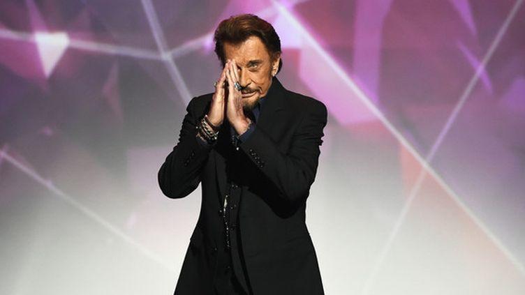 Johnny Hallyday lors de la cérémonie des 31e Victoires de la Musique au Zénith de Paris en 2016. (BERTRAND GUAY / AFP)