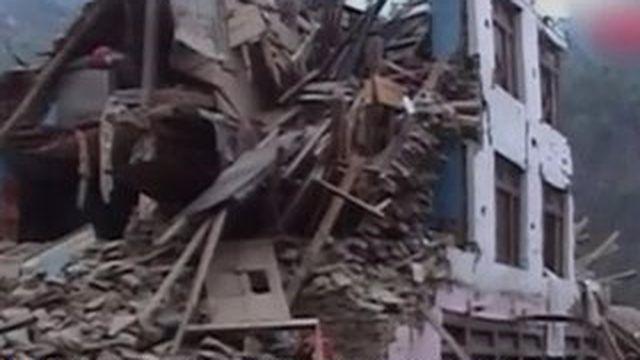 Au Népal, le difficile accès aux zones reculées