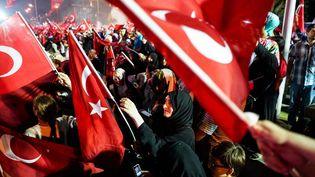 Une manifestation de soutien au président Erdogan, en Turquie, après le putsch raté, le 8 août 2016. (?YANN RENOULT/WOSTOK PRESS / MAXPPP)