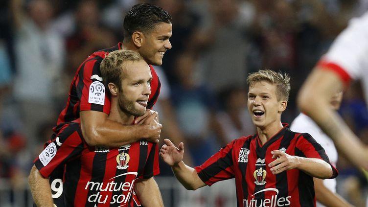 Hatem Ben Arfa et Valère Germain arriveront-ils à faire vaciller le PSG?  (VALERY HACHE / AFP)