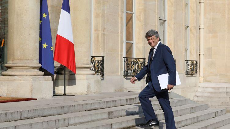 Jean-Louis Borloo sur le perron de l'Elysée, le 22 mai 2018. (LUDOVIC MARIN / AFP)