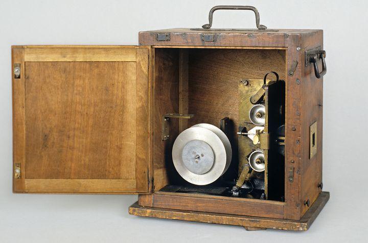 Première caméra 35 mm de Georges Méliès, 1896  (Stéphane Dabrowski / La Cinémathèque française)