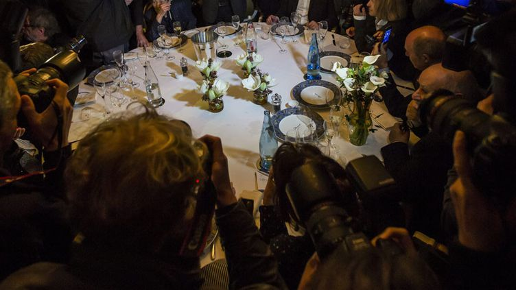 """Chez Drouant, le jour de l'attribution du Goncourt 2013 à Pierre Lemaitre pour """"Au revoir là-haut (Albin Michel)  (Ian Langsdon / EPA / MAXPPP)"""