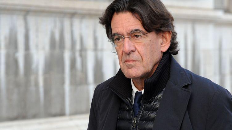 Le philosophe et ancien ministre de l'Éducation nationale, Luc Ferry, le 12 décembre 2016. (JEAN-PIERRE CLATOT / AFP)