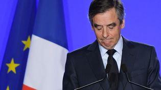 Le candidat de la droite, François Fillon, le 1er mars 2017 à Paris. (CHRISTOPHE ARCHAMBAULT / AFP )