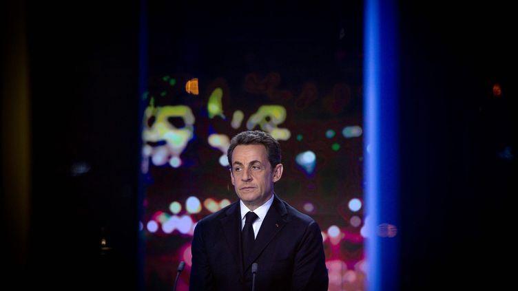 Le président candidat, Nicolas Sarkozy, intervient sur le plateau de France 2, le 22 février 2012. (PHILIPPE DE POULPIQUET / LE PARISIEN / MAXPPP)
