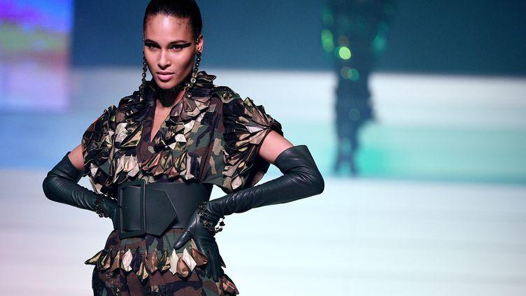 Jean-Paul Gaultier haute couture printemps-été 2020, le 22 janvier 2020 à Paris (ANNE-CHRISTINE POUJOULAT / AFP)