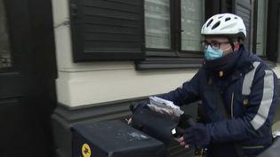 Nord : l'épreuve du froid pour ceux qui travaillent en extérieur. (FRANCE 2)