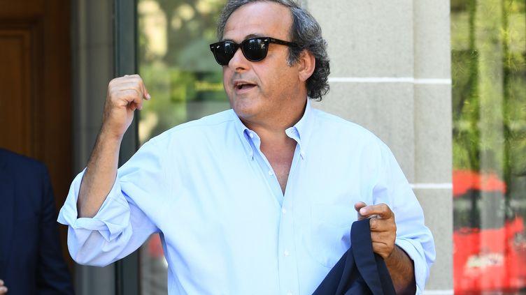 Michel Platini, à la sortie du Tribunal arbitral du sport (TAS), à Lausanne (Suisse), le 25 août 2016. (ALAIN GROSCLAUDE / AFP)