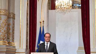 Le président François Hollande, le 9 novembre 2016 à l'Elysée. (LIEWIG / SIPA)