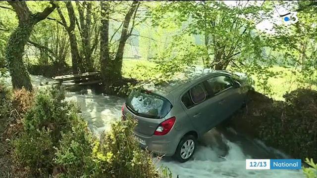 Aveyron : le village de Saint-Rémy inondé