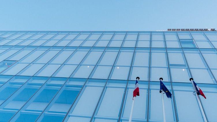 Le tribunal de grande instance de Paris, situé porte de Clichy, le 5 avril 2020. (MATHIEU MENARD / HANS LUCAS / AFP)