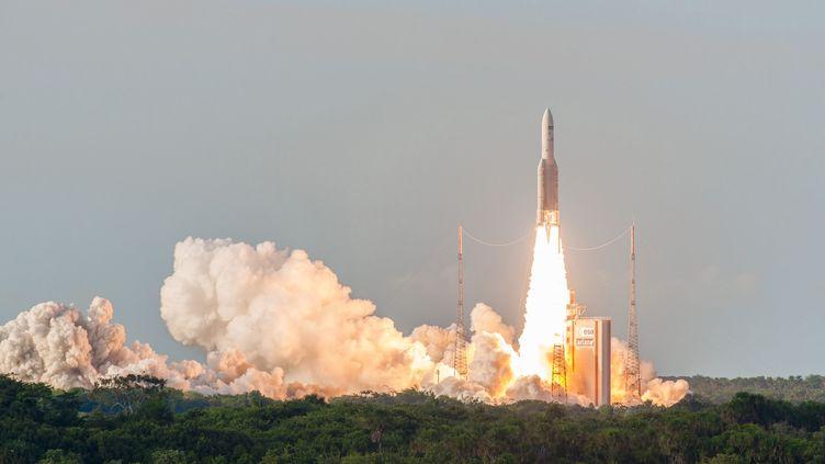 La fusée Ariane 5 lançait le 5 octobre 2016 depuisKourou (Guyane) deux satellites de communicationSky Muster II et GSAT-18 (ESA-CNES-AE / SIPA)
