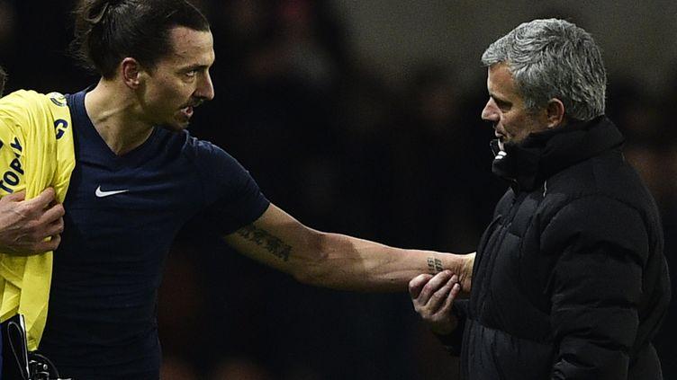 Zlatan Ibrahimovic pourrait, selon The Guardian, retrouver José Mourinho cet été. (FRANCK FIFE / AFP)