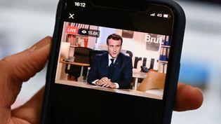 Emmanuel Macron, le président de la République, répond aux questions du média en ligne Brut, le 4 décembre 2020. (BERTRAND GUAY / AFP)