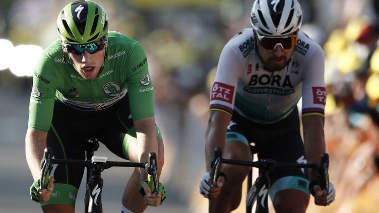 Sam Bennett (à g.) vs Peter Sagan : la lutte pour le maillot vert fait rage entre les deux hommes sur le Tour de France 2020. (BENOIT TESSIER / POOL)