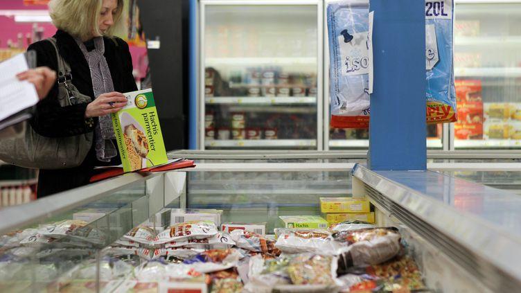 Bac de surgelés dans un supermarché d'Hérouville-Saint-Clair (Calvados), le 26 février 2013. (CHARLY TRIBALLEAU / AFP)