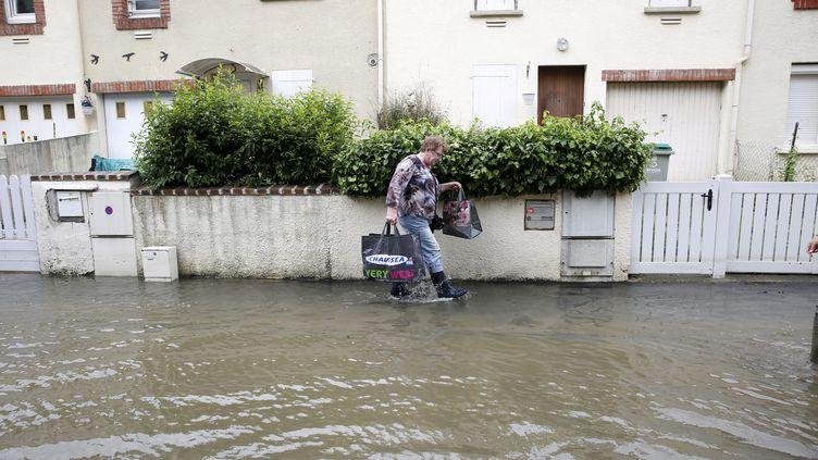 La ville de Crosne (Essonne) inondée, le 4 juin 2016. (MAXPPP)