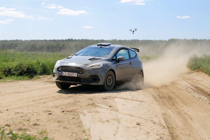 La Ford Fiesta ST Rally3 avec laquelleSobieslaw Zasada va disputer leSafari Rallye Kenya. (JANEK ZDZARSKI / ZASADA GROUP)