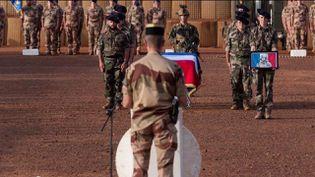 Soldat tué au Mali : l'hommage émouvant des frères d'armes de Maxime Blasco, (France 2)