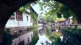 Zhouzhuang, la Venise de Chine (Capture d'écran France 2)