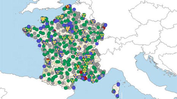 Carte des réseaux de surveillance de l'IRSN (© IRSN)
