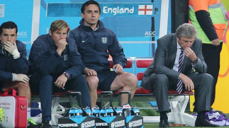 Le sélectionneur de l'Angleterre Roy Hodgson (à droite) réfléchit  (KIERAN MCMANUS / BACKPAGE IMAGES LTD)