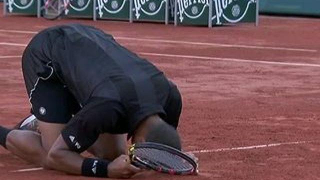 Roland-Garros : Tsonga décroche sa place en demi-finale