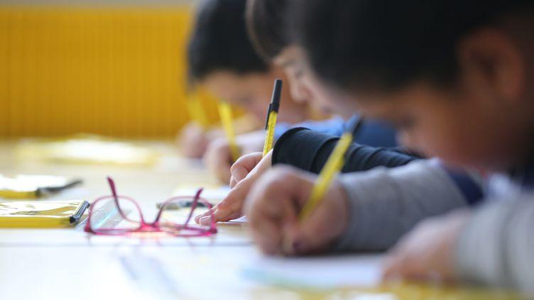 Des enfantsdans l'écoleFurstenberger à Mulhouse (Haut-Rhin), le 29 mars 2019. (MAXPPP)